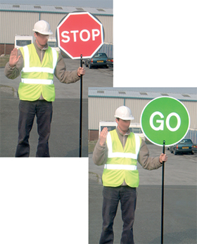 Stop go red and green 600mm Circle 3mm aluminium circular lollipop sign with 4ft handle sign.
