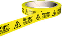 Danger 415 volts between these isolators labels 100 per roll.